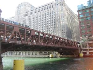 The Brown line screeches over the Chicago River. Anyone know how two of their lines operate 24/7?